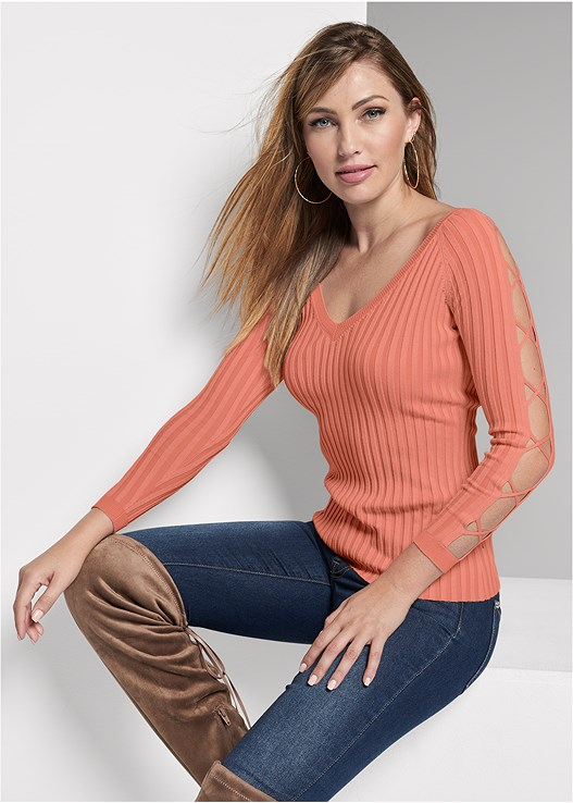 SLEEVE DETAIL SWEATER,COLOR SKINNY JEANS