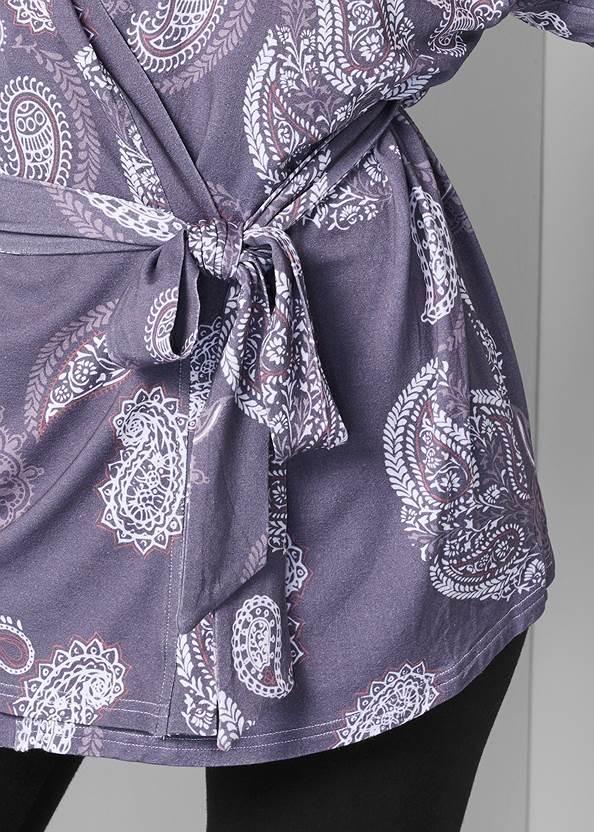 Alternate View Lace Detail Robe
