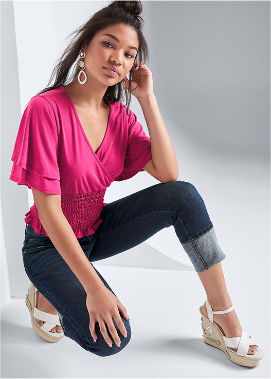 SMOCKED RUFFLE SLEEVE TOP,DEEP CUFF JEANS,NAKED T-SHIRT BRA,EMBELLISHED WEDGES,LONG CIRCLE EARRINGS