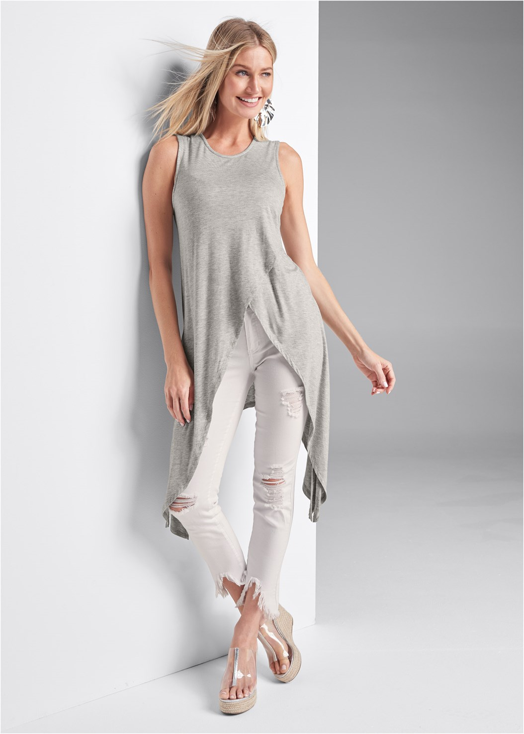 Casual High Low Top,Triangle Hem Jeans,Naked T-Shirt Bra
