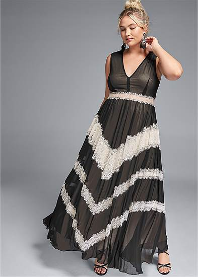 Plus Size Lace Inset V-Neck Dress