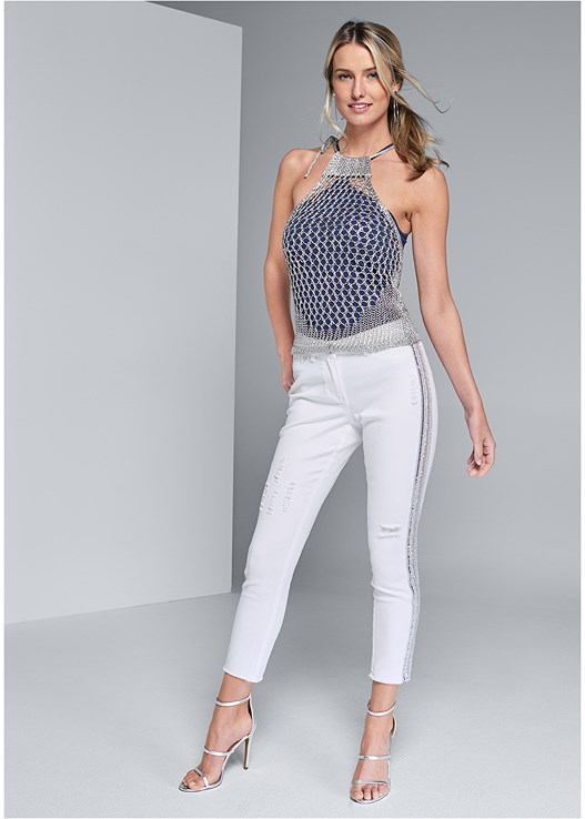 BEADED SIDE STRIPE JEANS,SEAMLESS HIGH NECK TOP,HIGH HEEL STRAPPY SANDALS,HOOP DETAIL EARRINGS,FRINGE CROSSBODY