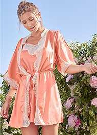 Front View Lace Detail Kimono
