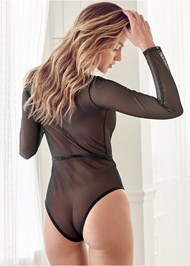 Cropped back view Stretch Longsleeve Bodysuit