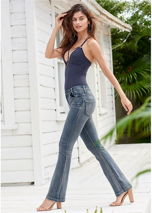 CASUAL BOOT CUT JEANS,STRAPPY DETAIL TOP,BLOCK HEELS,HOOP DETAIL EARRINGS