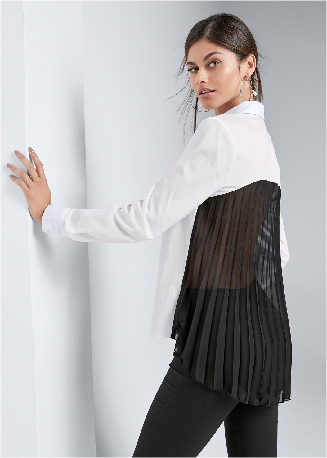 Pleated Blouse,Mid Rise Slimming Stretch Jeggings,Crisscross Strappy Heel