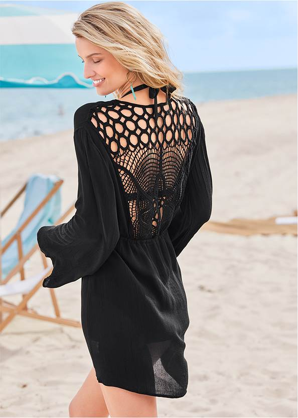 Crochet Detail Cover-Up,Mid Rise Strappy Bottom,Striped Straw Tote
