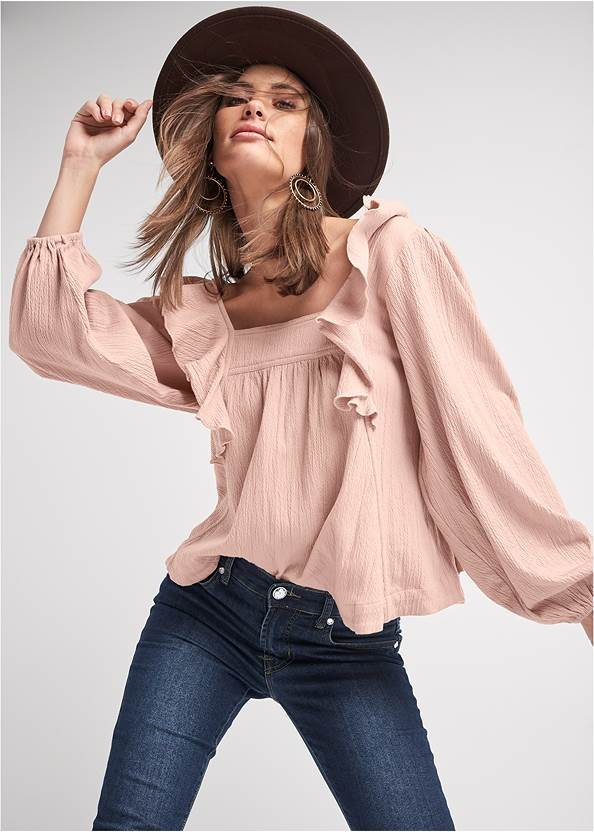 Ruffle Blouse,Mid Rise Color Skinny Jeans,Wrap Stitch Detail Booties