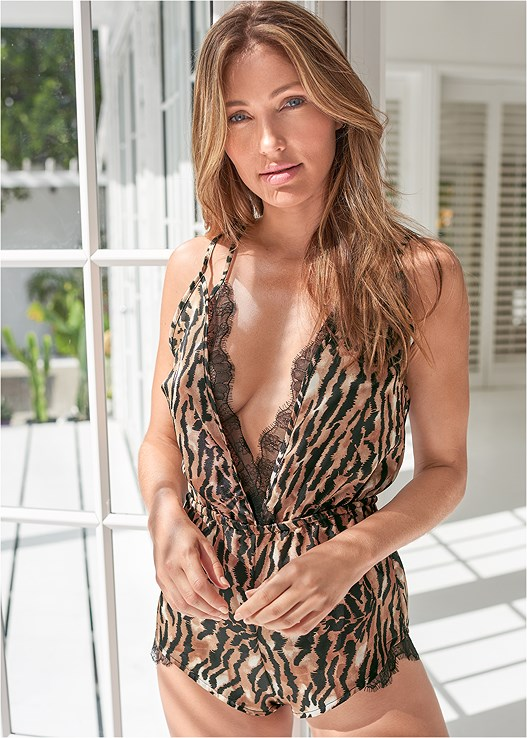 TIGER PRINT ROMPER,TIGER PRINT ROBE WITH LACE