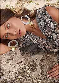 Alternate View Oversized Tassel Earrings
