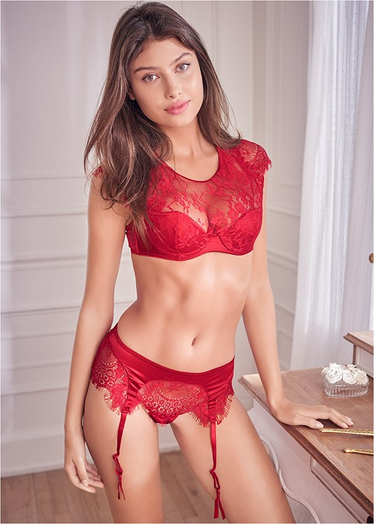 SHEER LACE BRA PANTY SET