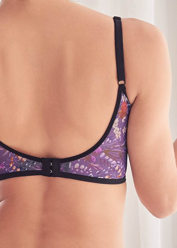 Detail front view Strappy Bra And Thong Set