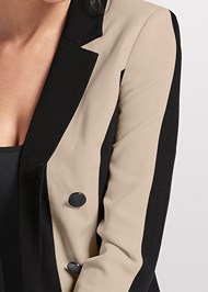 Detail front view Color Block Long Blazer