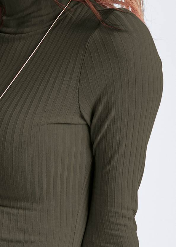 Detail front view Ribbed Mock Neck Long Dress