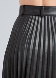 Detail back view Pleather Pleated Skirt