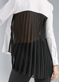 Detail back view Pleated Blouse