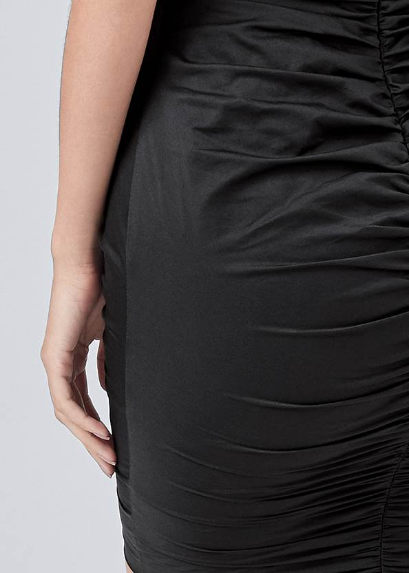 Detail back view Ruched Lace Up Dress