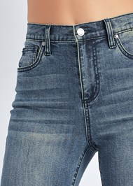 Detail front view Cropped Distressed Hem Jean