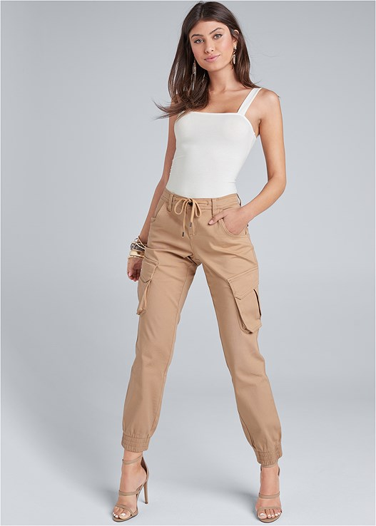 CARGO PANTS,SQUARE NECK BODYSUIT,HIGH HEEL STRAPPY SANDALS,ANIMAL PRINT EARRINGS