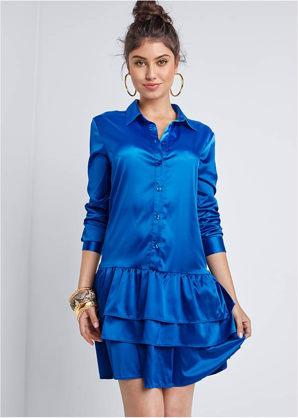 Tiered Hem Shirt Dress,High Heel Strappy Sandals,Tiger Detail Earrings,Animal Chain Crossbody Bag