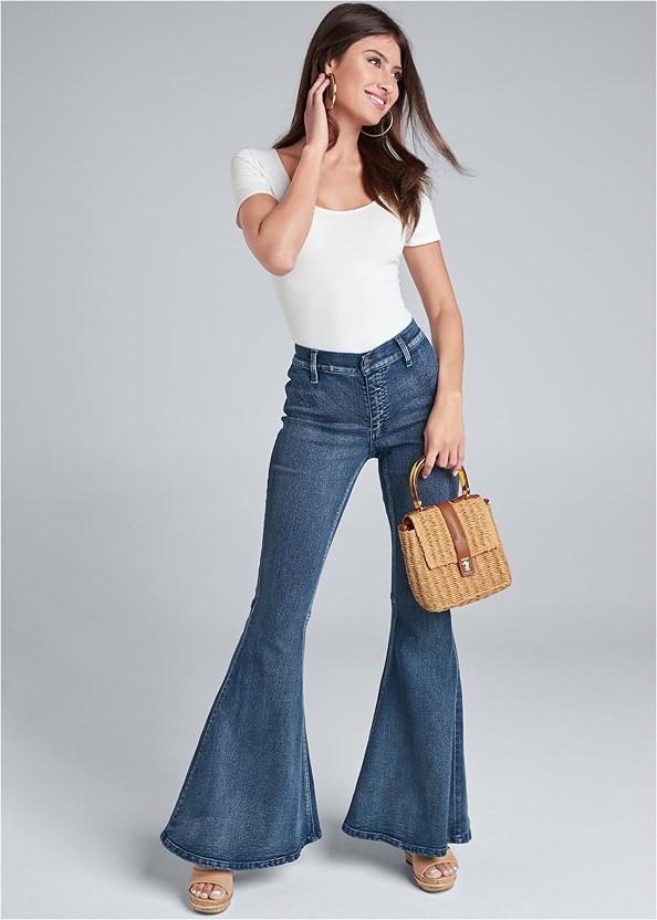 Flare Jeans,Scoop Neck Bodysuit,Wicker Straw Bag