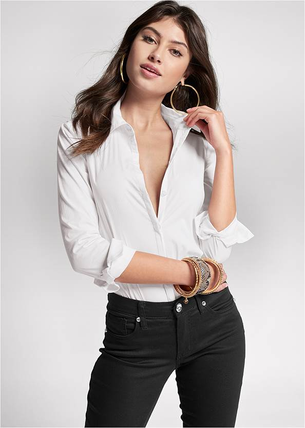 Button Up Bodysuit,Mid Rise Color Skinny Jeans,Bum Lifter Jeans,High Heel Strappy Sandals,Hoop Detail Earrings,Animal Print Bangle Set