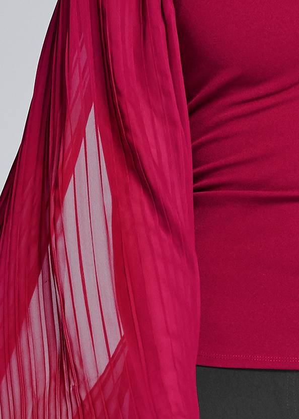 Detail front view Pleated Sleeve Top