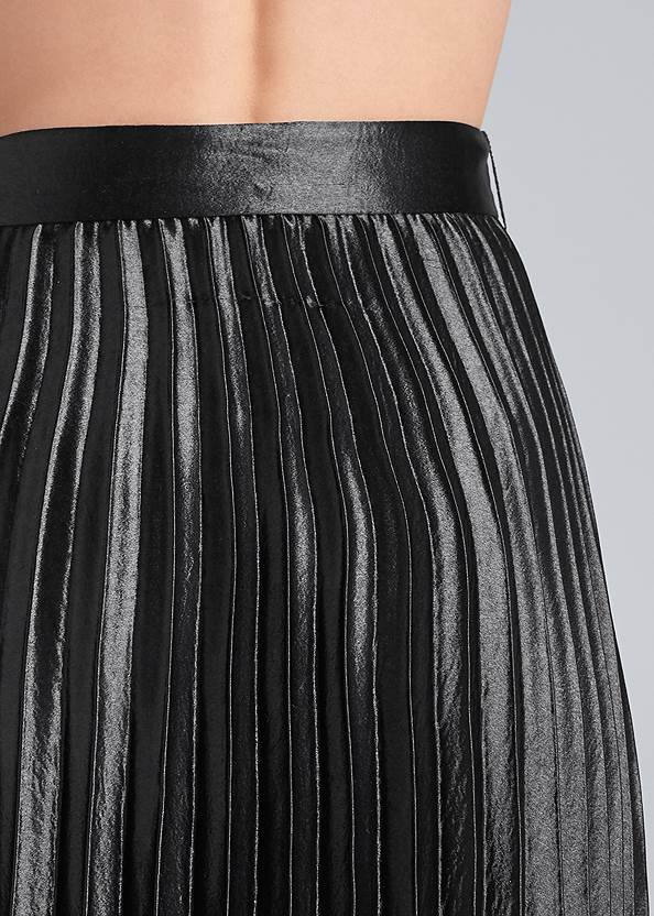 Detail back view Belted Pleated Satin Skirt