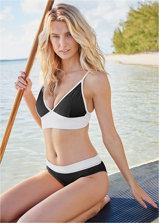 BY THE SEA TRIANGLE TOP,ALL DAY BANDED BOTTOM,SCOOP FRONT BIKINI BOTTOM,SWIM SHORT,JERSEY FISHNET JUMPSUIT,EMBELLISHED SLIDES