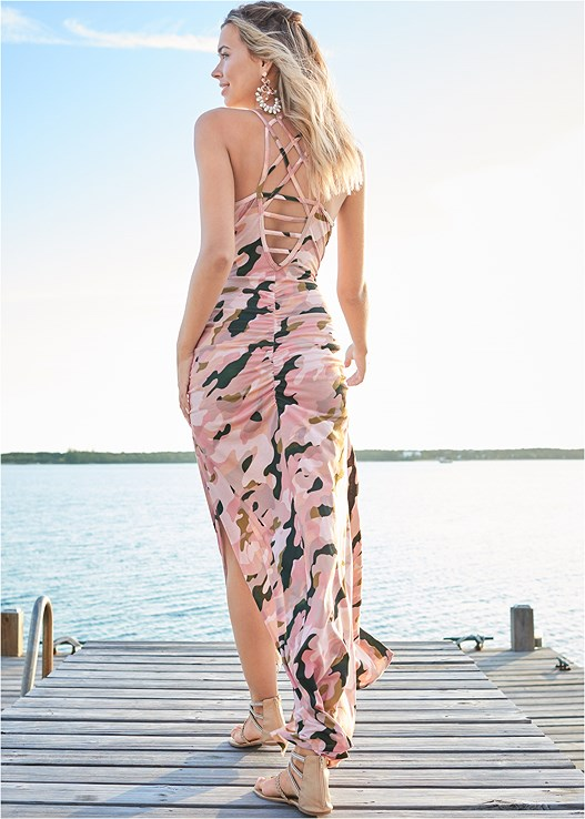 CAMO MAXI DRESS,SHELL DETAIL SANDALS,PEARL DETAIL HOOP EARRINGS