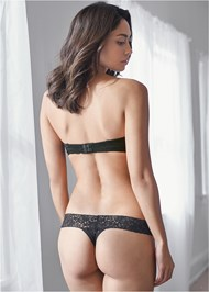Cropped back view Strapless Bra With Geo Lace