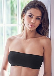 Waist Up front view Ribbed Bandeau