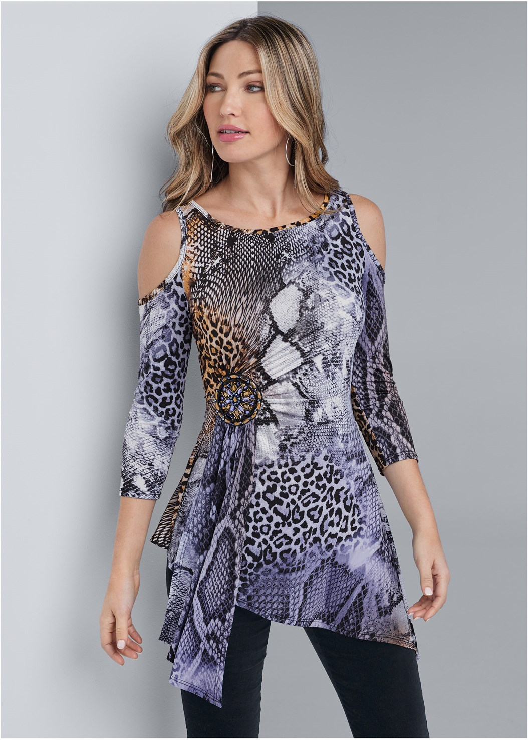 Animal Print Top,Velvet Pants,Seamless Unlined Bra,Embellished Net Heel,Hoop Detail Earrings