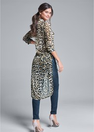 Back View Leopard High Low Top