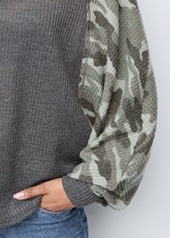 Detail front view Waffle Knit Camo Lounge Top