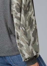 Detail back view Waffle Knit Camo Lounge Top