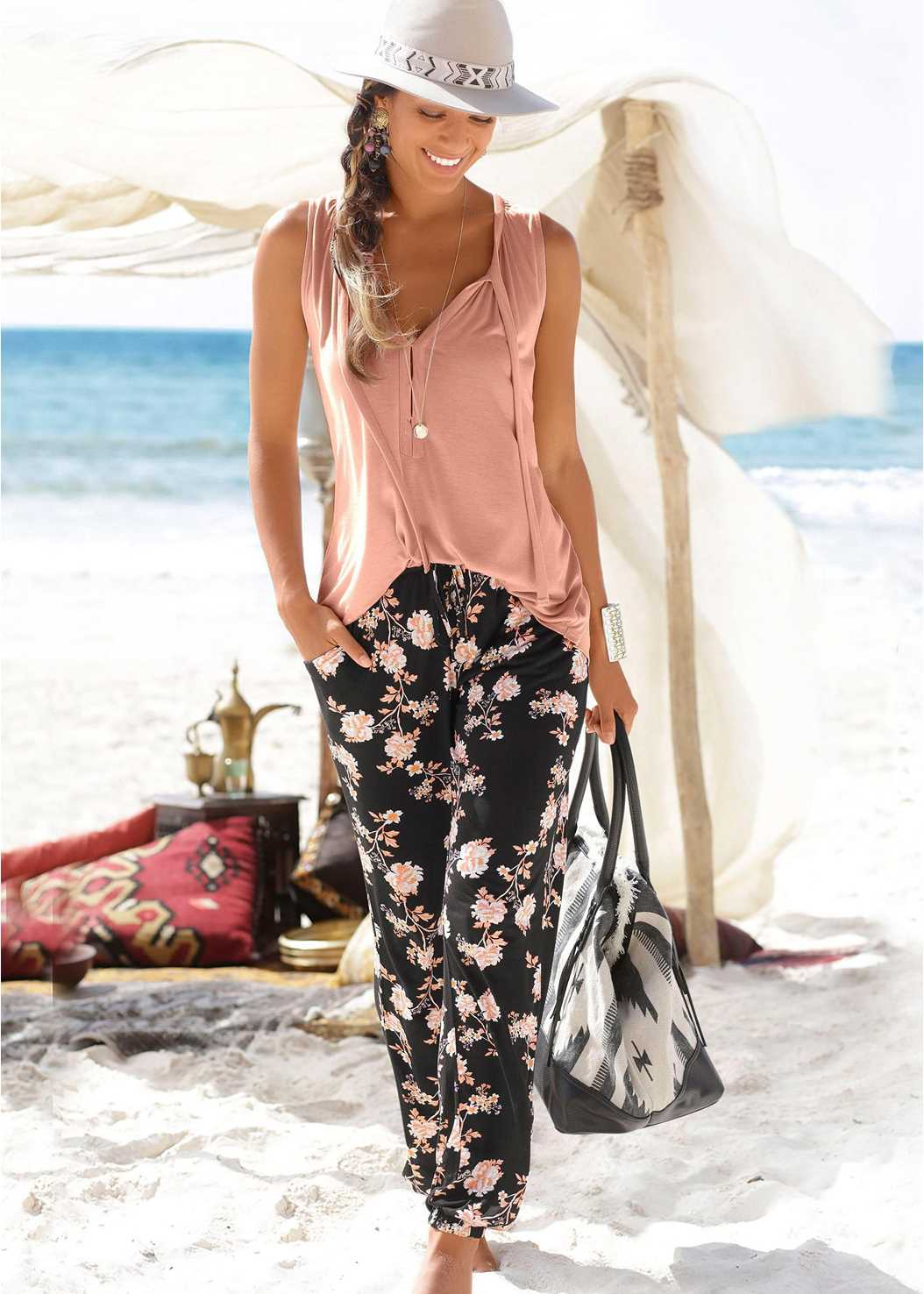 Floral Printed Pants,Tie Detail Casual Top,Everday You T-Shirt Bra,Rhinestone Thong Sandal
