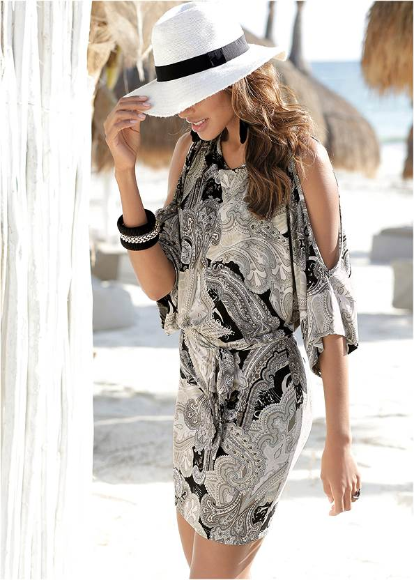 Paisley Printed Dress,Pearl By Venus® Perfect Coverage Bra,Braided Double Strap Mules,Animal Chain Crossbody Bag,Beaded Tassel Earrings