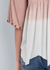 Detail back view Pleated Ombre Grommet Top