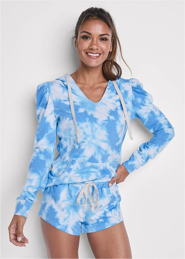 Front View Tie Dye Puff Sleeve Shorts Set