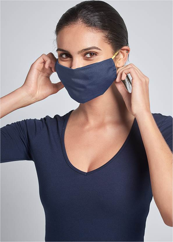 Face Mask,Long And Lean V-Neck Tee,Mid Rise Color Skinny Jeans
