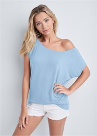 Cropped front view Casual Tee