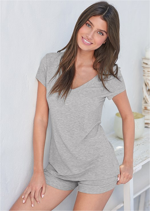V-NECK SLEEP TEE,RIBBED TRIM SLEEP SHORTS