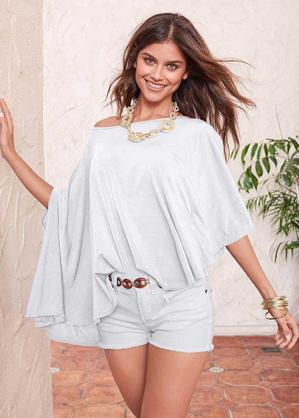 Asymmetrical Top,Frayed Cut Off Jean Shorts,Ankle Detail Leggings,Mid Rise Color Skinny Jeans,Faux Suede Layer Necklace,Chain Belt