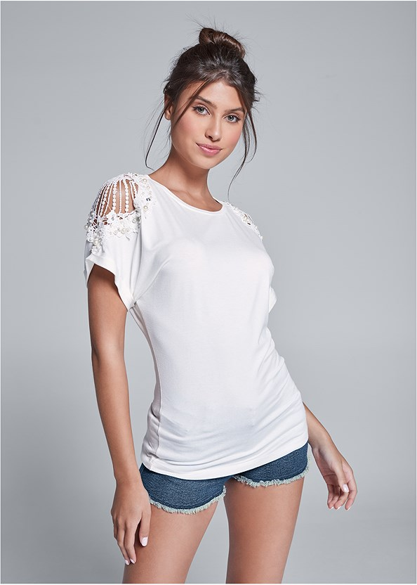 Lace Sleeve And Faux Pearl Detail Top,Frayed Cut Off Jean Shorts