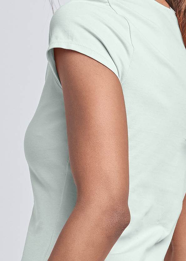 Detail back view Square Neck V-Wire Top