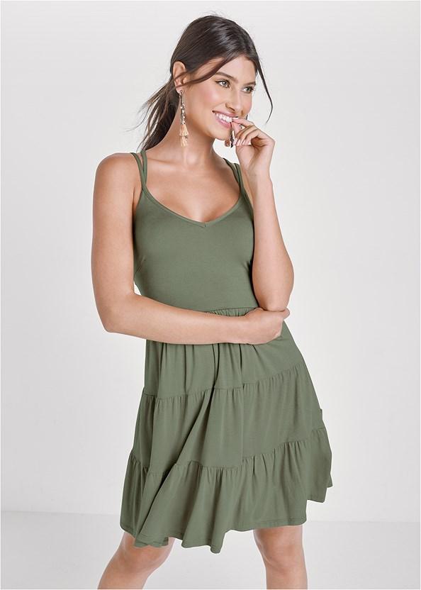 Tiered Strappy Mini Dress,Studded Flip Flops,Tassel Detail Hoop Earrings,Sequin Straw Crossbody Bag