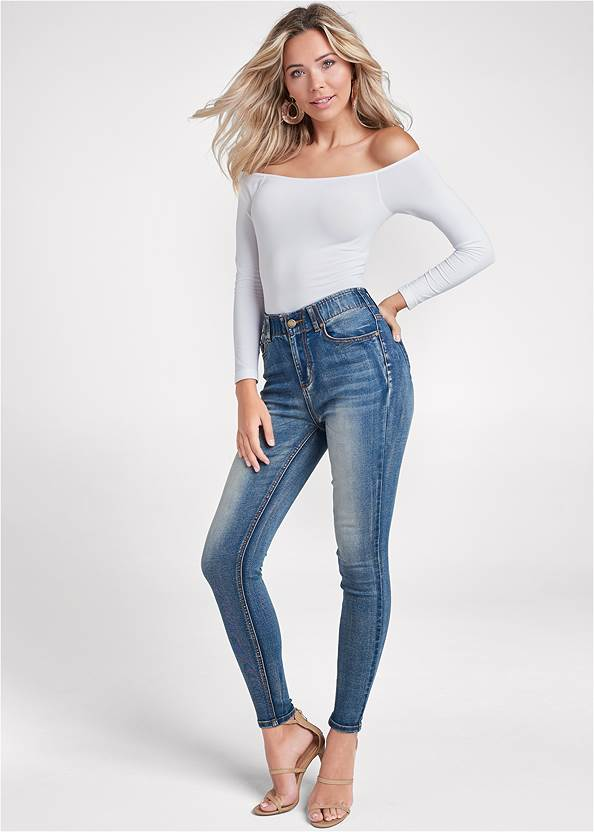 Elastic Waistband Jeans,Off-The-Shoulder Top,High Heel Strappy Sandals,Mixed Earring Set