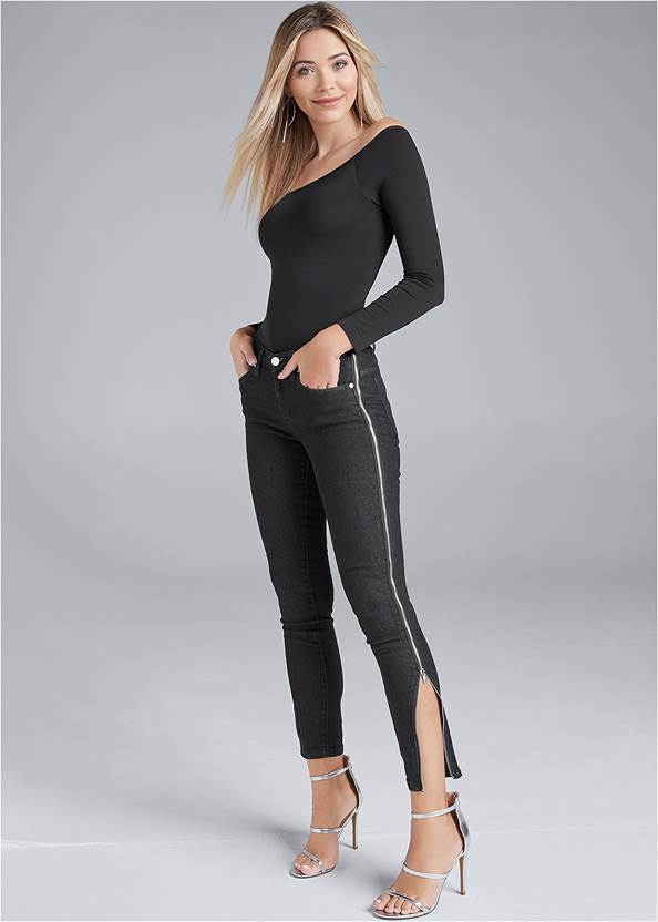 Side Zipper Jeans,Off The Shoulder Top,High Heel Strappy Sandals,Fold Over Boot,Coin Drop Earrings,Fringe Crossbody