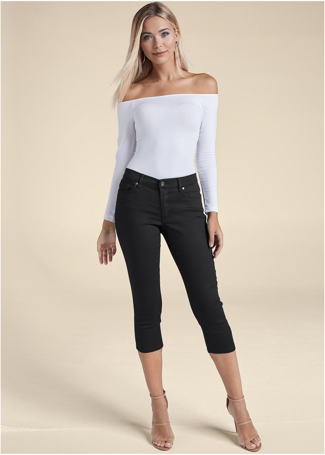 Color Capri Jeans,Off The Shoulder Top,High Heel Strappy Sandals